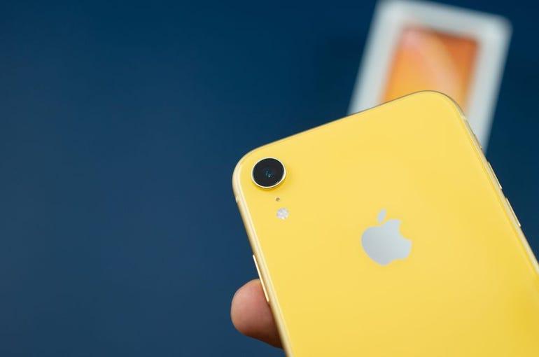 iphone-xr-15.jpg
