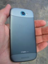 Image Gallery: Back of the HTC One S