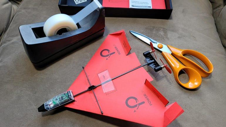 powerup-4-paper-airplane-3.jpg
