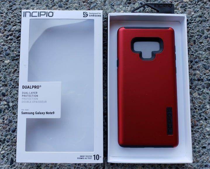 Incipio DualPro retail package