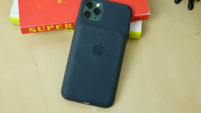 iphone-11-smart-battery-case-3.jpg