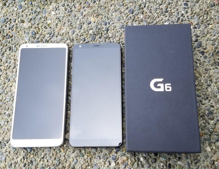 LG G6 in Ice Platinum and Astro Black