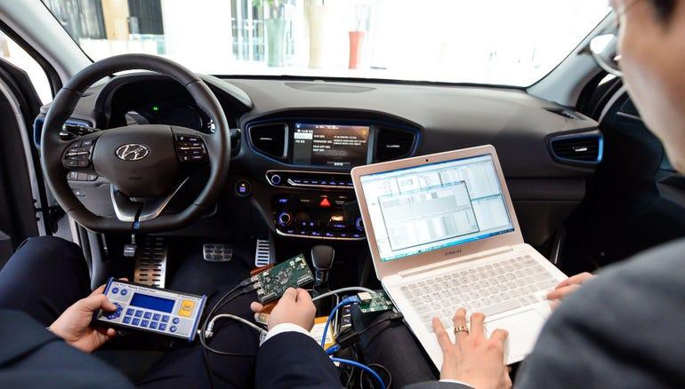 hyundai-cisco-smart-connected-cars.jpg