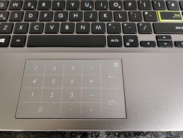 asus-vivobook-s14-keyboard-calculator.jpg
