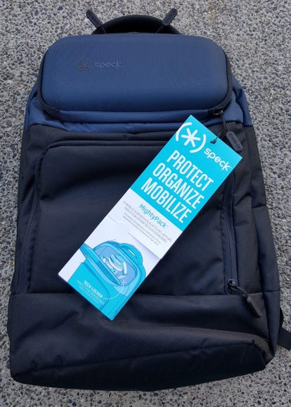 Speck MightyPack in black and blue