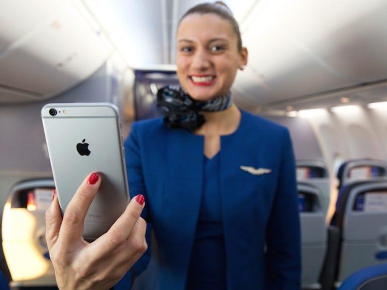united-iphone.jpg