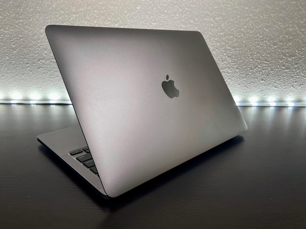 apple-macbook-pro-m1-2020-2.jpg
