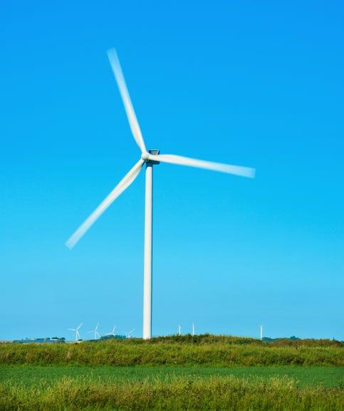 vestas-wind-turbine-01.jpg