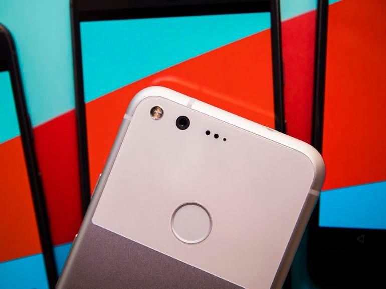 google-pixel-phone-100416-1061.jpg