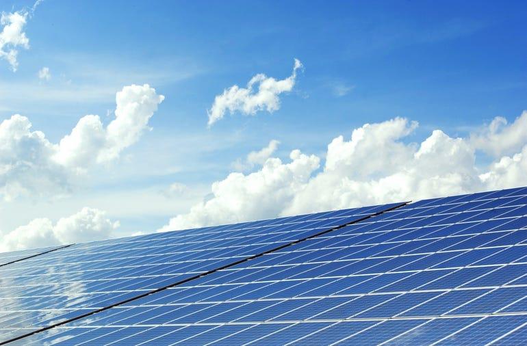 sunseap-singapore-solar-panel.jpg