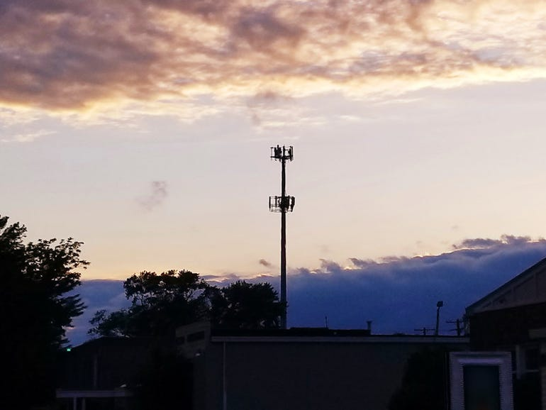 5g-towers-20180623205641.jpg