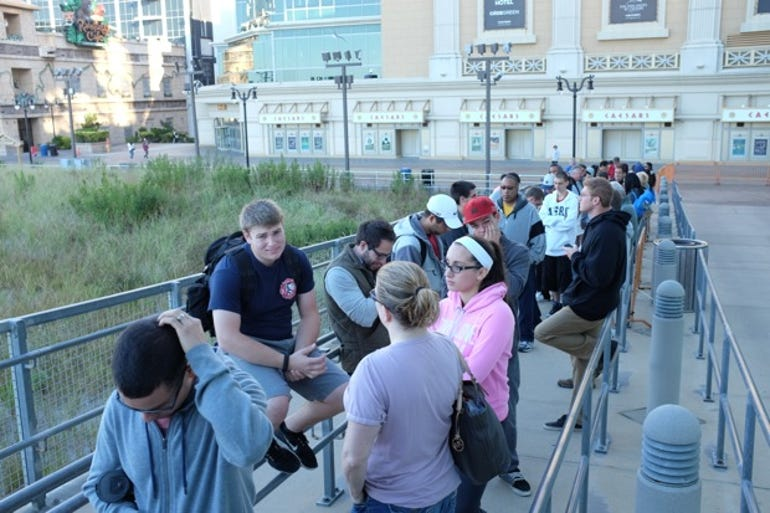 Tales from the iPhone line in Atlantic City - Side Entrance - Jason O'Grady