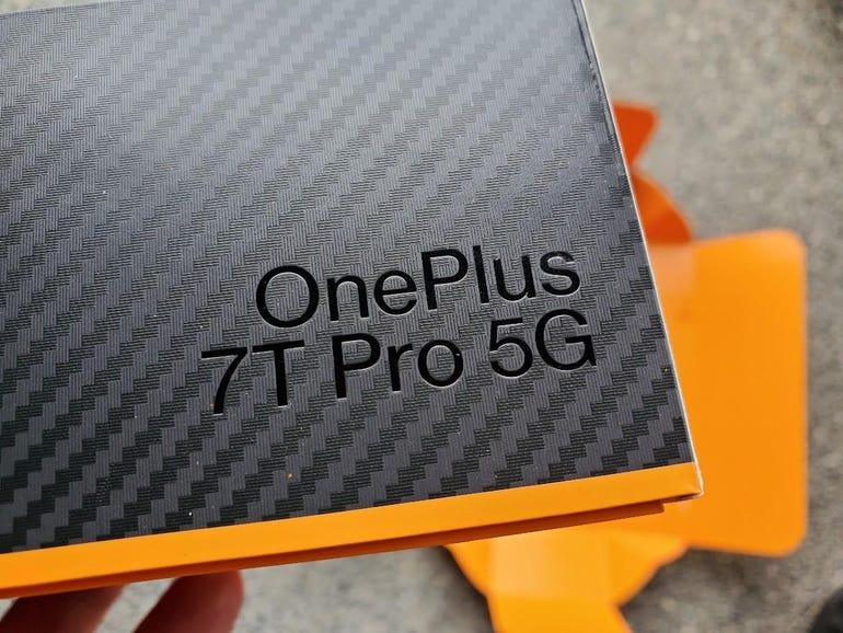 7T Pro 5G branding