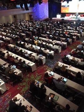 conference-crowd-new-york-finovate-sep-2018-photo-by-joe-mckendrick.jpg