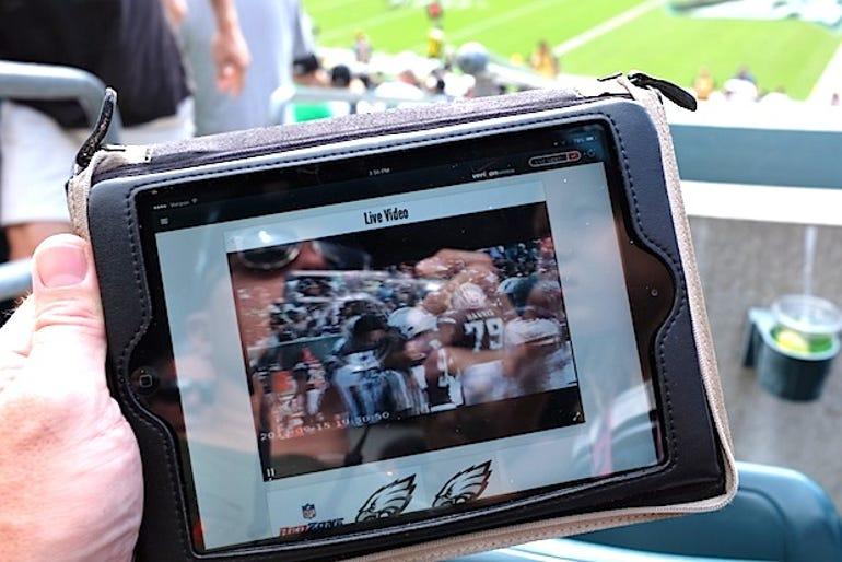 In-stadium Wi-Fi a boon for iPad owners - Jason O'Grady