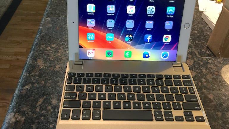 01-brydgeair-laptop-front.jpg