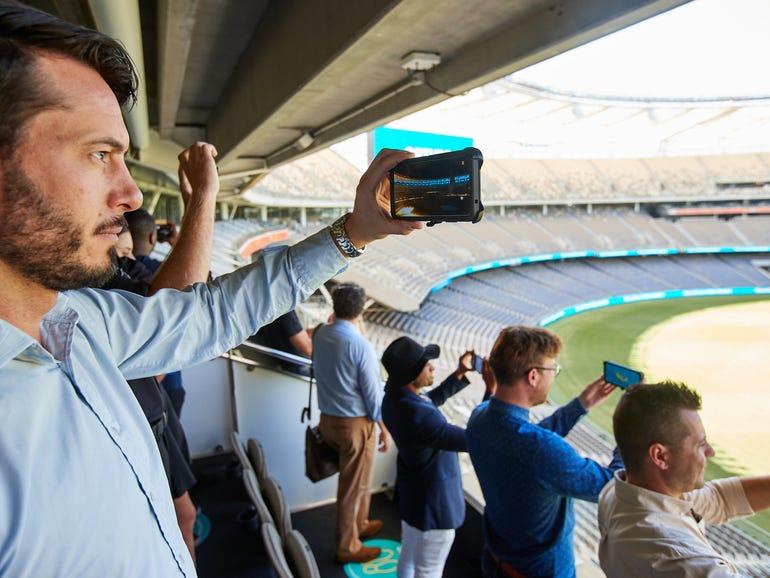 Telstra and TPG spend hundreds of millions on mmWave spectrum | ZDNet