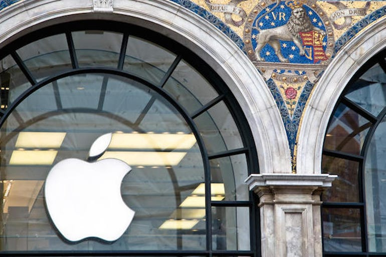apple-logo-ipad-iphone-iwatch-store (1)