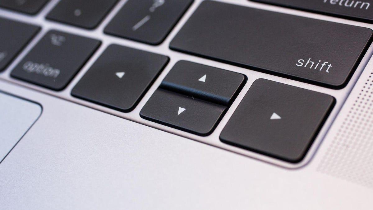apple-macbook-pro-15-inch-2017-131.jpg