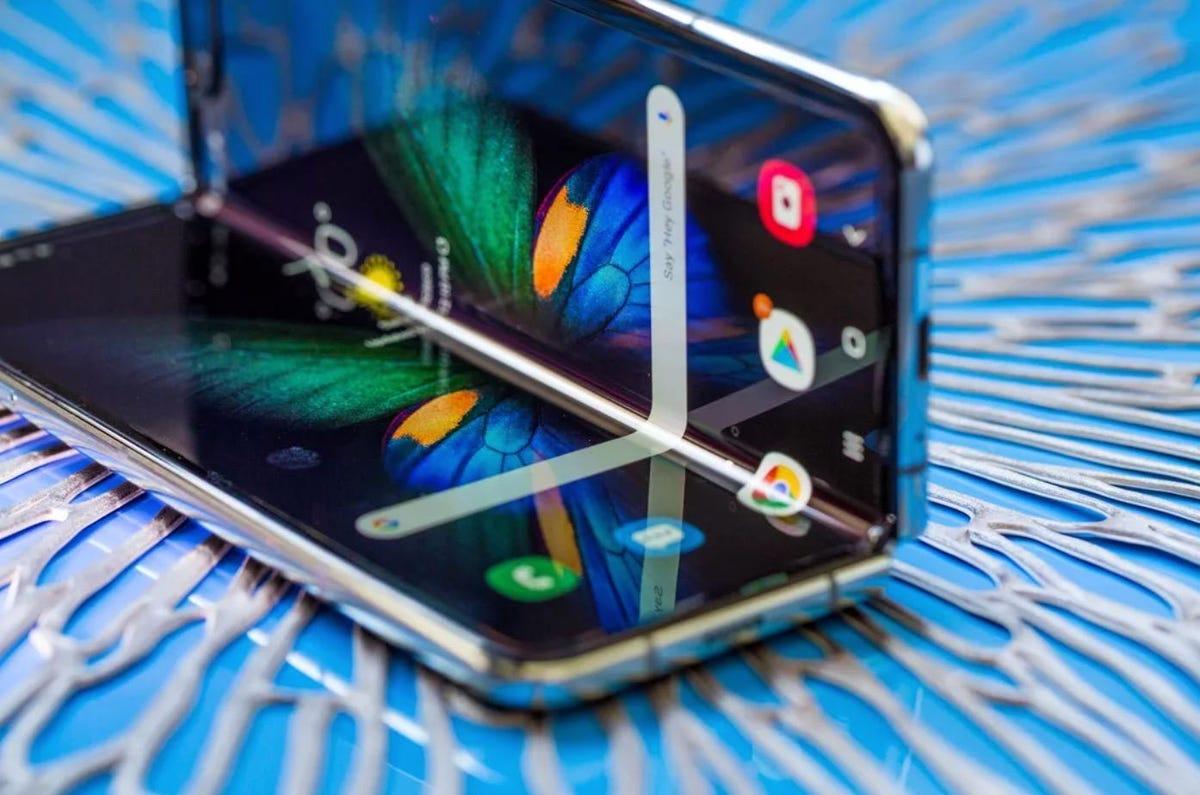 Samsung GalaxyZ Fold: améliorations pour DeX, et arrivée du multi-app (comme pour le ZFold2)
