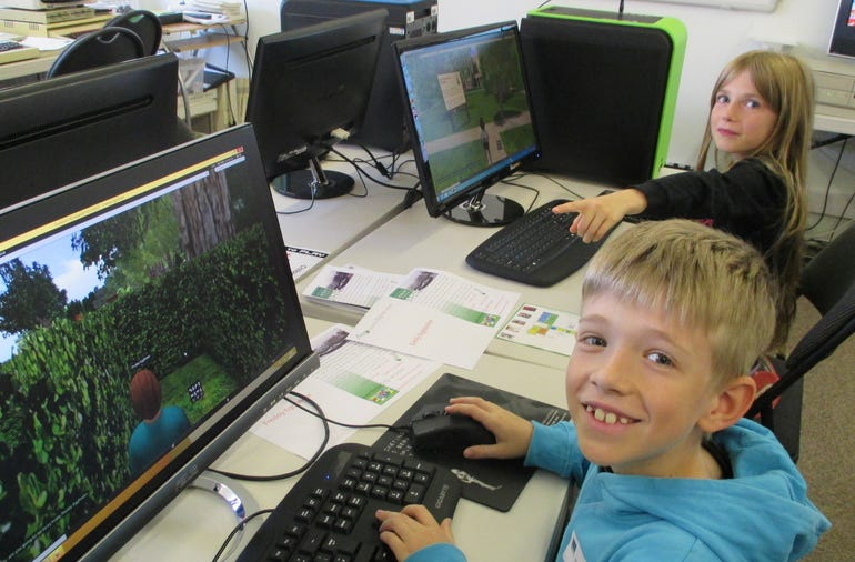 Children using computers at TNMOC