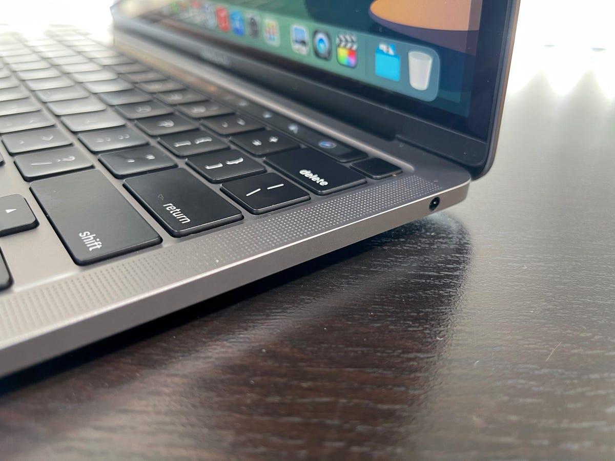 apple-macbook-pro-m1-2020-4.jpg