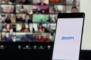 zoom-phone-screens.jpg