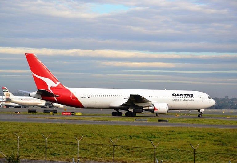 Qantas 767 plane