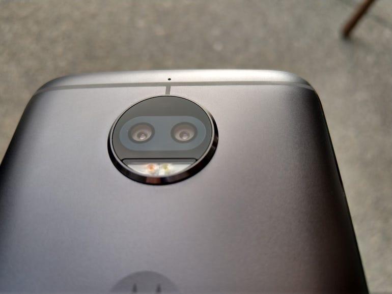Dual rear camera design