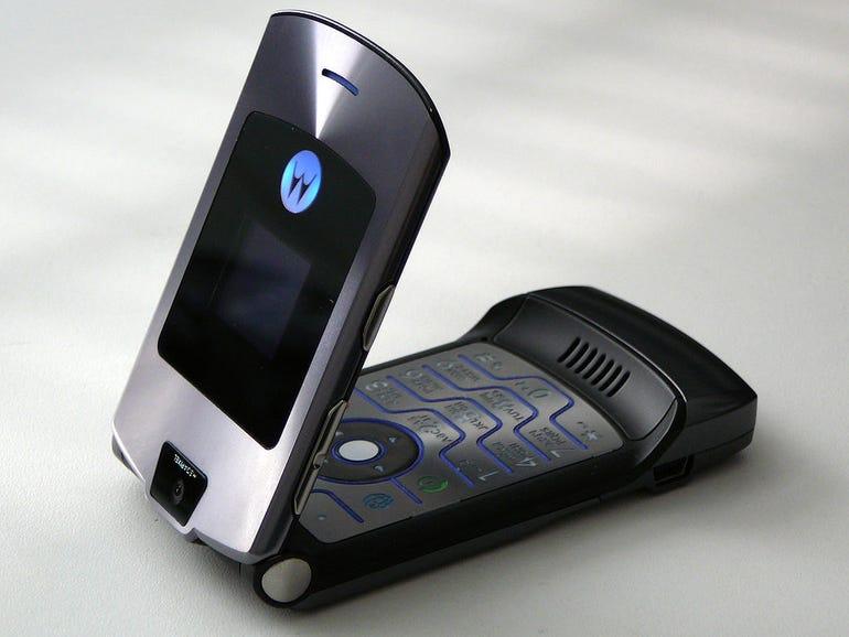 motorola-razr-flip-phone