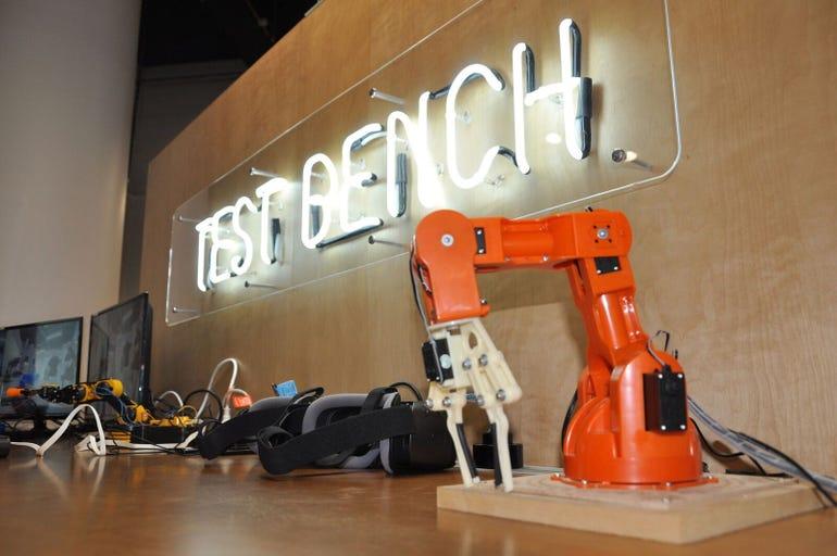 robotic-arm-telstra-5g.jpg