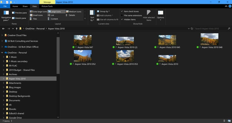 File Explorer finally gets a dark theme
