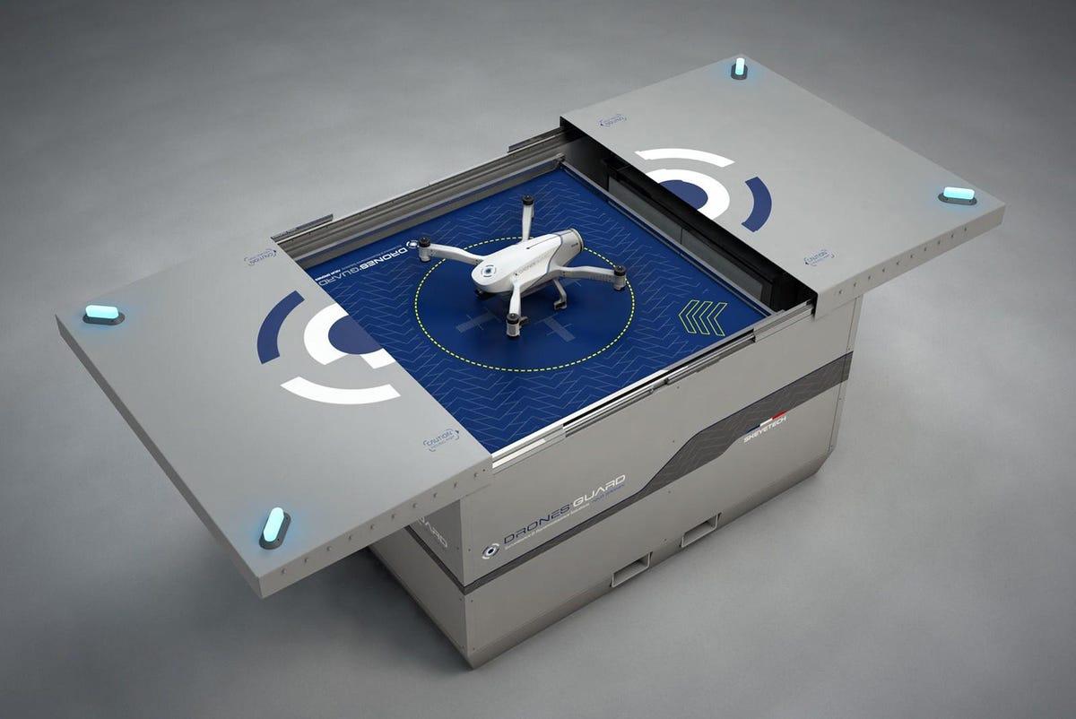best-surveillance-drone-skeyetech-drone-review.jpg