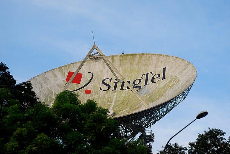 singtel-satellite-flickr-jjpacres-640px