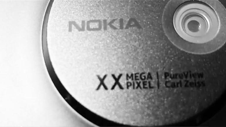 nokia-lumia-1020-lens-closeup-leak-filter-620x348
