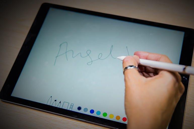 Apple Pencil: Palm rejection