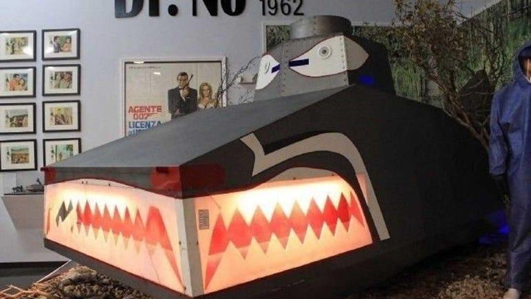 Dragon Tank, Dr. No (1962)