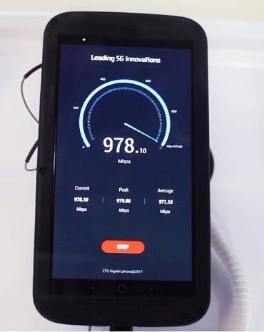 zte-gigabit-phone.jpg