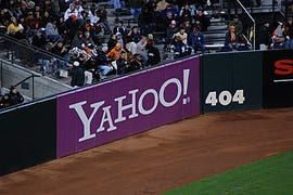 Yahoo sign by 404 marker