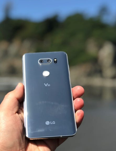 LG V30 in hand