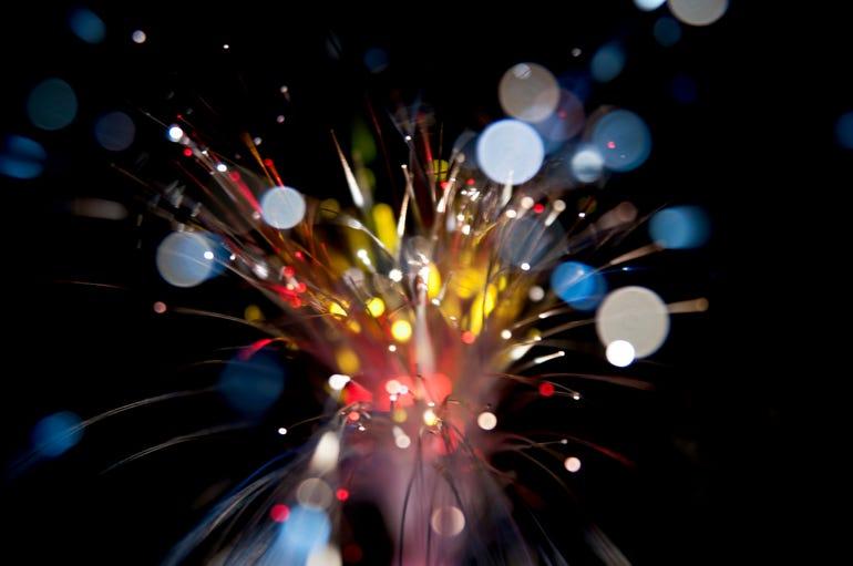 fiberopticistock.jpg