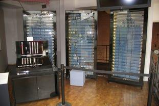 konrad-zuse-shutterstock-204050506.jpg
