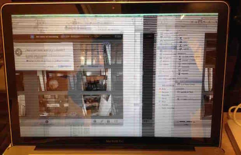 MacBookProCase567107187(1)