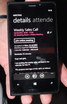 Windows_Phone_8_Lync_conference