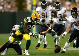 Fumble in October 2007 game Green Bay Packers vs. Chicago Bears, from sportinglife.com