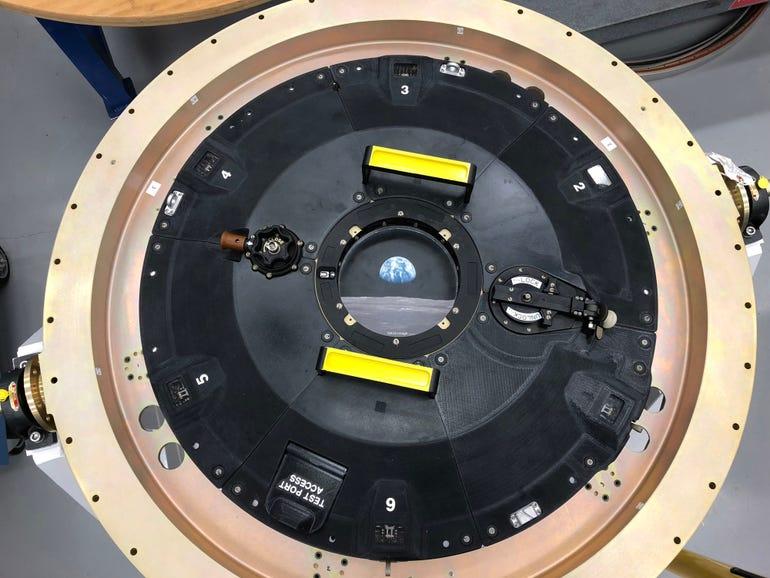 orion-docking-hatch-pekk-cover-photo40171.jpg