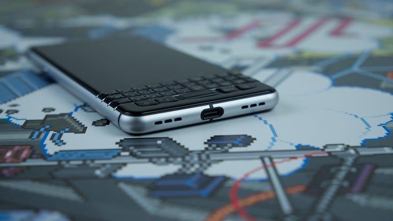 blackberry-keyone-3.jpg