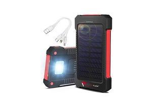 11-flynn-tech-solar-charger-powerbank-eileen-brown-zdnet.png