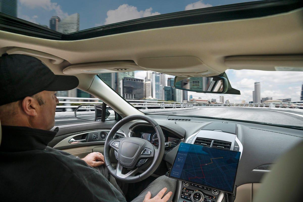 image-autonomous-driving-overpass.jpg