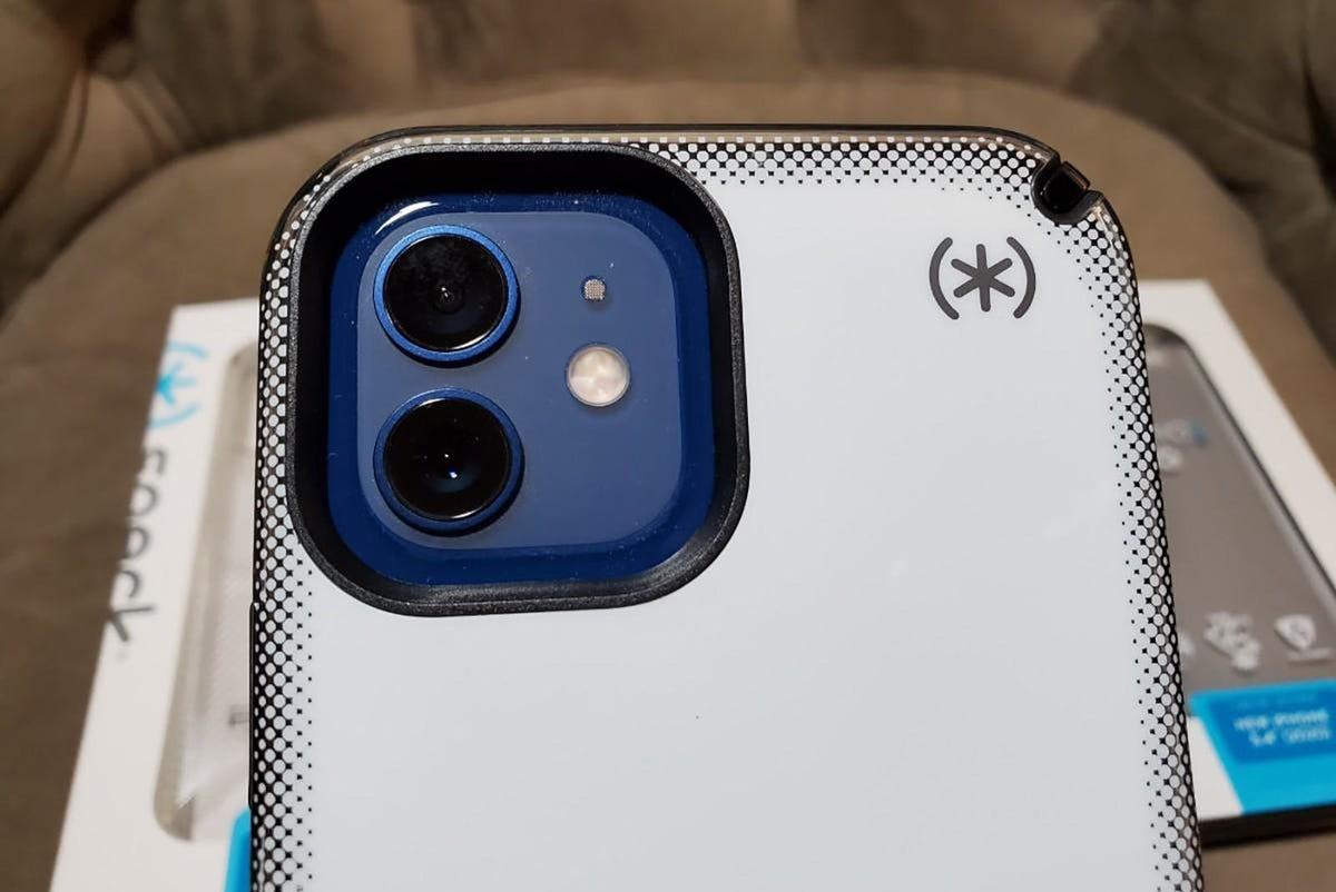 speck-iphone-12-5.jpg